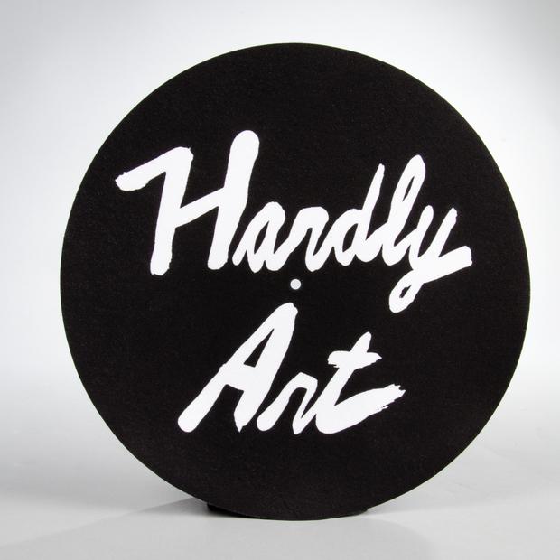 Hardlyart logo slipcover 01